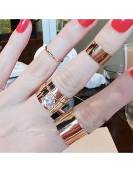 Komplet prstanov