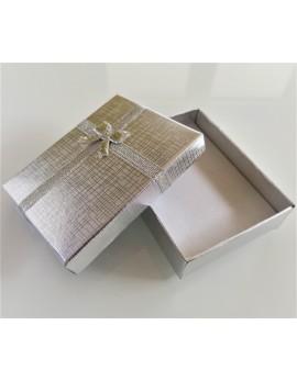 darilna škatlica 3